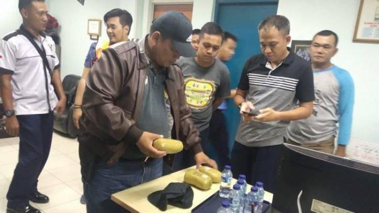 TNI AU Gagalkan Penyelundupan 2,6 Kg Sabu-Sabu