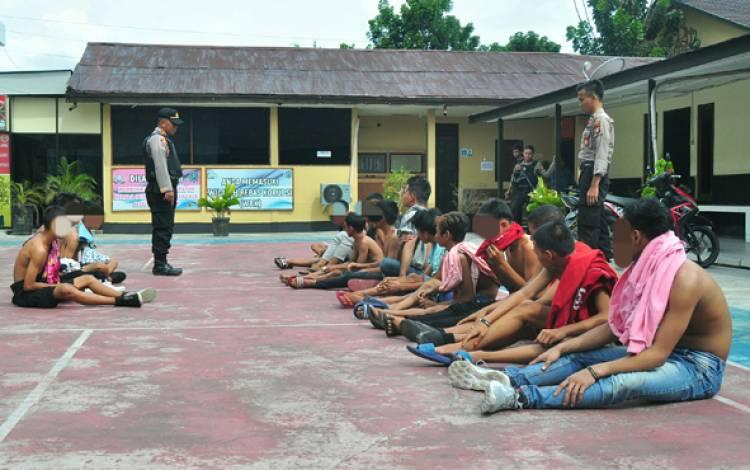 Dua Kelompok Pemuda Palangka Raya Terlibat Tawuran Saat CFD