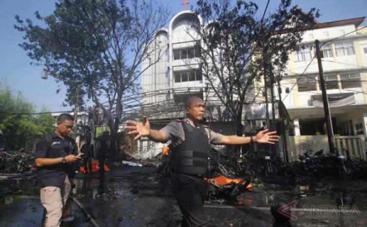 Guru Pengebom Gereja di Surabaya Dihukum 10 Tahun Penjara