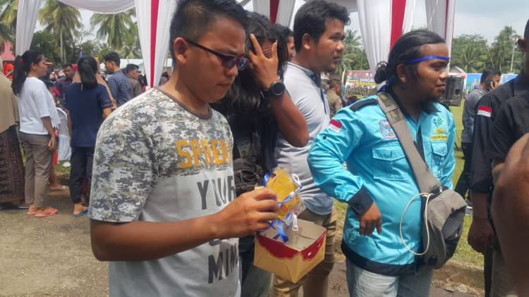 Seluruh Wartawan Kembalikan Id Card, Muzakir: Kami Serahkan ke Pak Gubernur Jambi