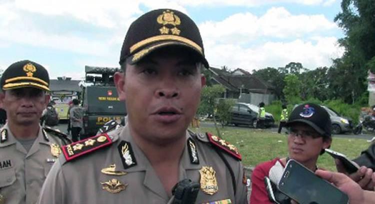 Polisi Buru Pelaku Pembacok Petugas Kebersihan TMC POLRI