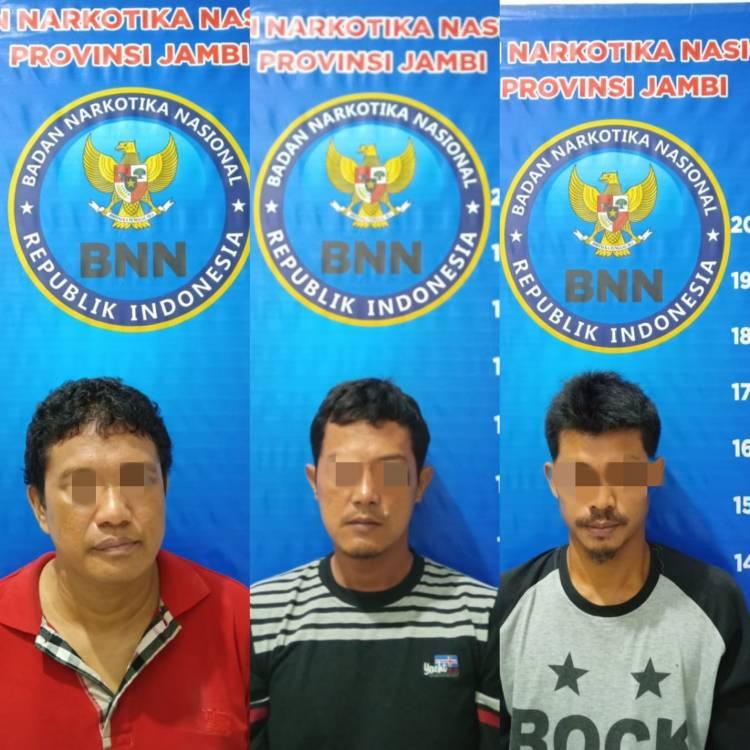 Tiga Pelaku Dibekuk, BNNP Jambi Gagalkan Transaksi Sabu 1 Kilogram