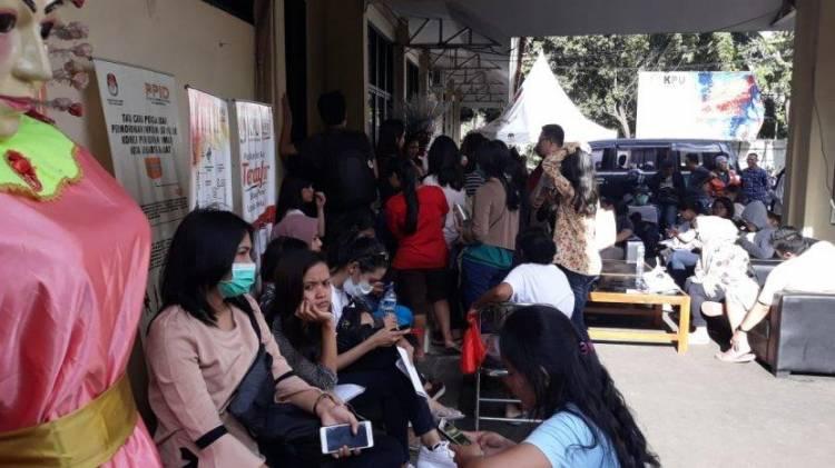 KPU Kota Jambi Diserbu Pemohon Pindah Memilih