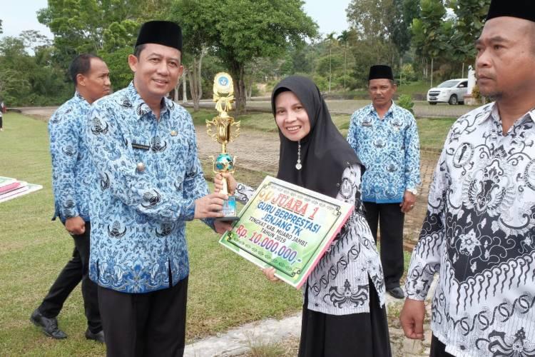 Peringati Hardiknas, Wabup Muarojambi: Mari Majukan Pendidikan dan Kuatkan Kebudayaan