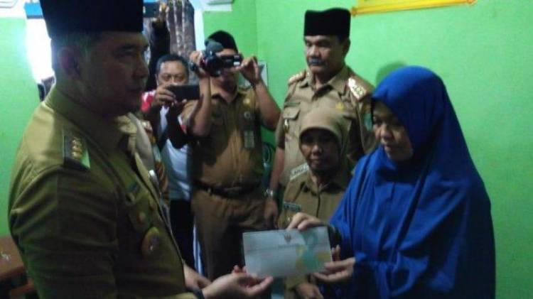 Kunjungi Rumah Duka KPPS, Walikota akan Keluarkan Sertifikat untuk Almarhum