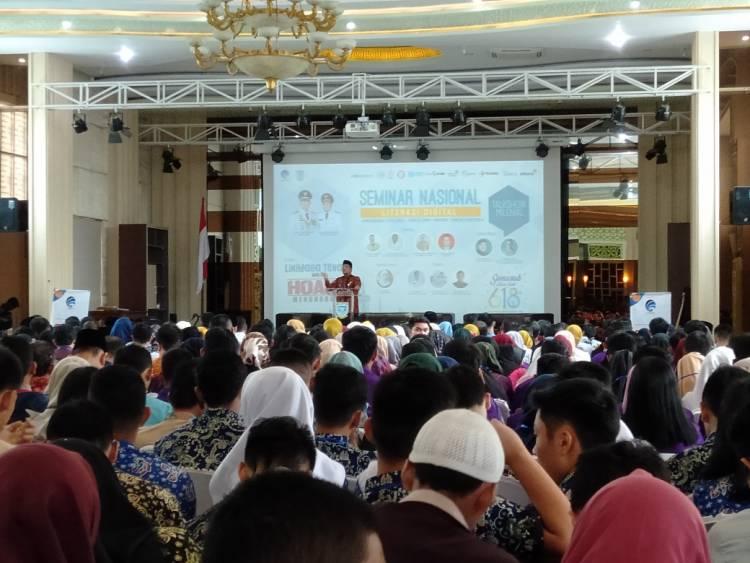 Buka Seminar Literasi Digital, Maulana: Kaum Milenial Cepat dan Mampu Beradaptasi dengan Teknologi