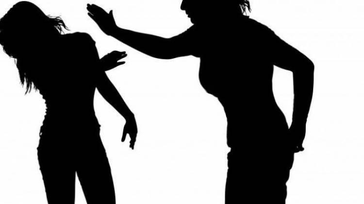 Aniaya Teman Karena Hutang, Wanita Ini Dituntut 1 Tahun Penjara