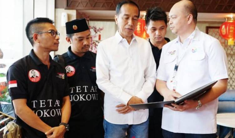 Bela Jokowi, Ketum ABJ: Jokowi Tak Jadikan ASN Sebagai Mesin Politik