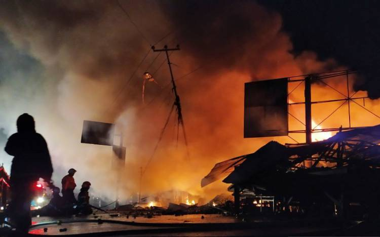 Bandung Lautan Api, 62 Kios di Pasar Ujung Berung Hangus Terbakar