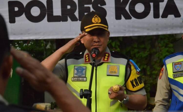 Polisi Buru Perampok Toko Emas Senilai Rp1,6 Miliar Terekam CCTV