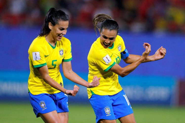 Piala Dunia 2019, Brasil dan Australia Maju ke-16 Besar