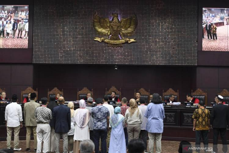 Dihadapan Hakim, Saksi 02 Mengaku Diancam Dibunuh