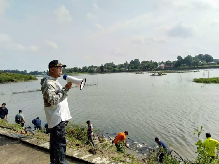 Pimpin OPD, Walikota Jambi Lakukan Gotong Royong
