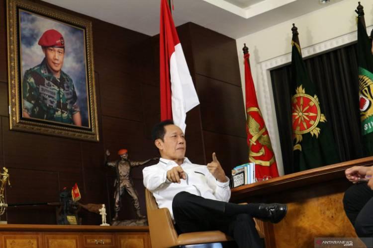 Belajar dari Bang Yos, Seorang Gubernur Lima Presiden