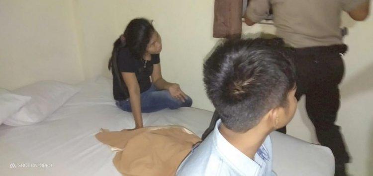 Sepasang Muda-mudi Diamankan Polisi di Kamar Hotel J8