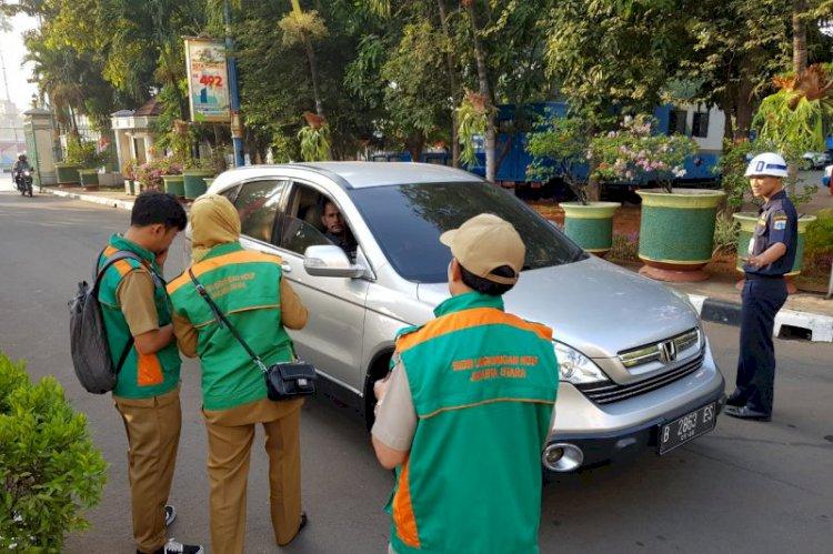CATAT!! Mobil ASN Tidak Lulus Uji Emisi Dilarang Parkir di Kantor Wali Kota Jakarta