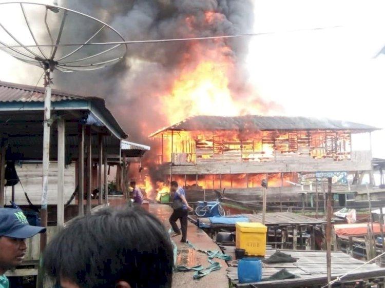 10 Unit Rumah Warga Nipah Panjang Kebakaran