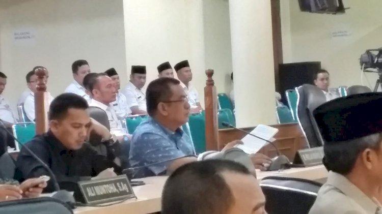 Anggota DPRD PKB Ini Interupsi Saat Cek Endra Pidato Rancangan Perubahan APBD