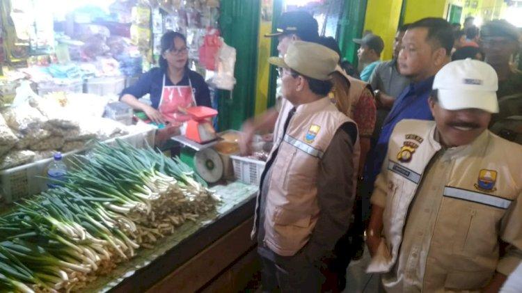 Jelang Idul Adha, Gubernur Sidak Pasar Angso Duo