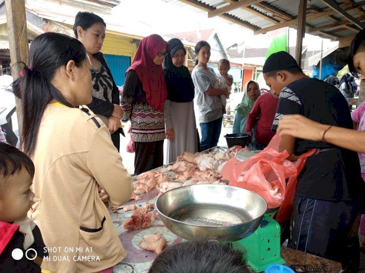 H-1 Hari Raya Idul Adha, Harga Sembako Merangkak Naik di Pasar Tradisonal Tanjab Barat