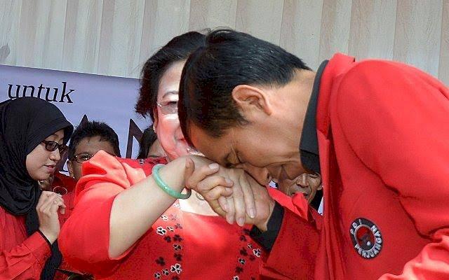 Benarkah Megawati Menekan Jokowi?
