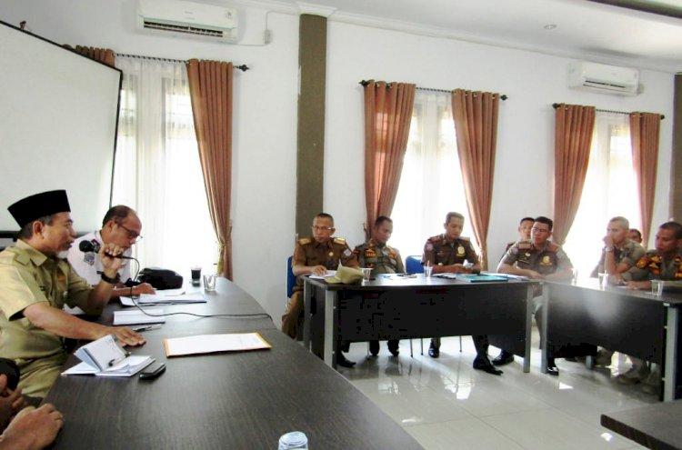 Wabup Mashuri Instruksikan Satpol PP Tertibkan Pedagang Nakal