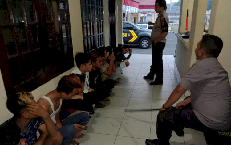 Asyik Pesta Obat-Obatan, 11 Muda-Mudi Dibekuk Polisi