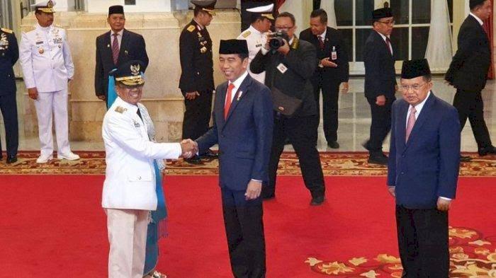 Jokowi Lantik Wagub Sulawesi Tengah
