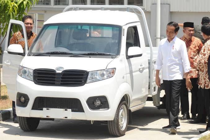 Andre: Mohon Maaf Pak Jokowi, Mobil Esemka Kok Mirip dengan Produk China?