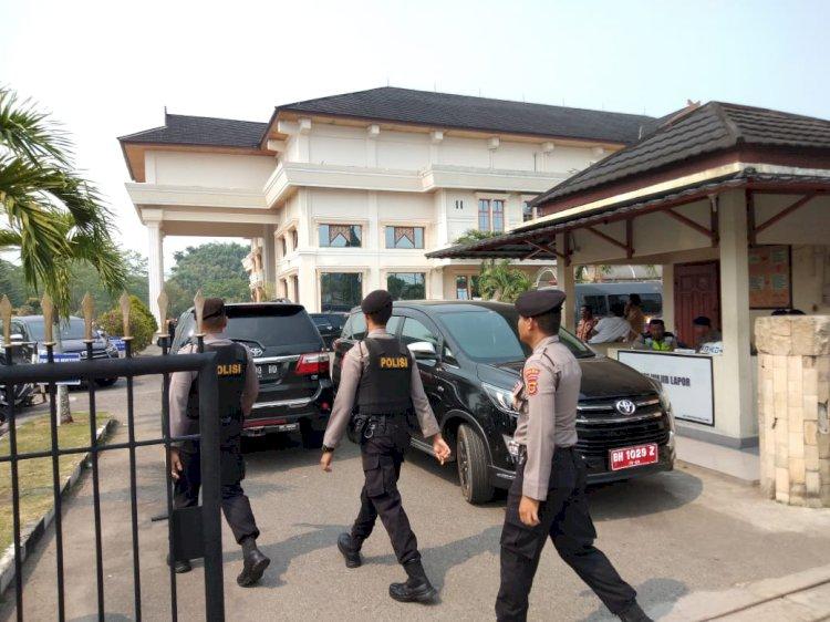 Sterilkan Lokasi Pelantikan Anggota DPRD Provinsi, Polda Jambi Kerahkan Tim Gegana