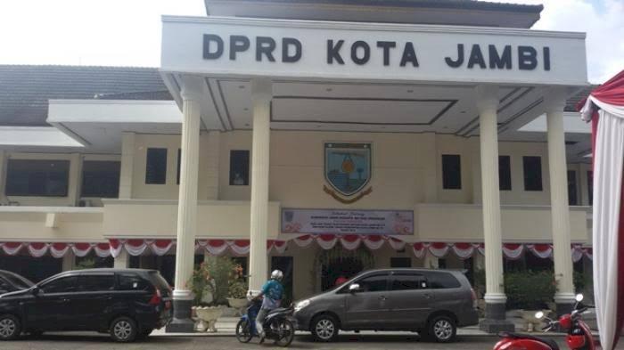 Dua Wajah Baru Mengisi Unsur Pimpinan DPRD Kota Jambi