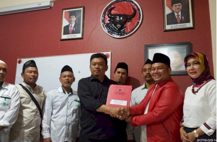 Dokter Muda NU Surabaya Ini Daftar Bakal Cabup Kediri