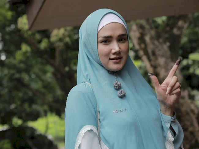 SAH! Mulan Jameela Ditetapkan Jadi Anggota DPR