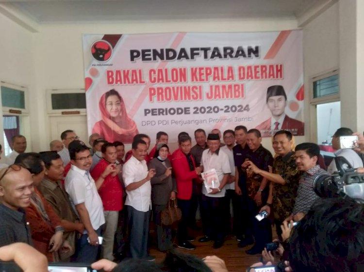 PDIP Jadi Rebutan, Cek Endra Resmi Mendaftar