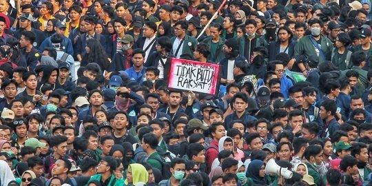 Mahasiswa Ancam Demo Lebih Besar di DPR Besok, Ini Tuntunan...