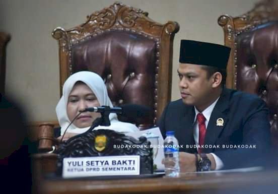 Bupati Masnah dan Wabup BBS Hadiri Paripurna Pelantikan Ketua DPRD Muarojambi Masa Jabatan 2019-2024