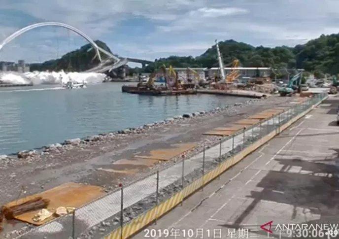 Dua WNI Tewas akibat Jembatan Runtuh di Taiwan