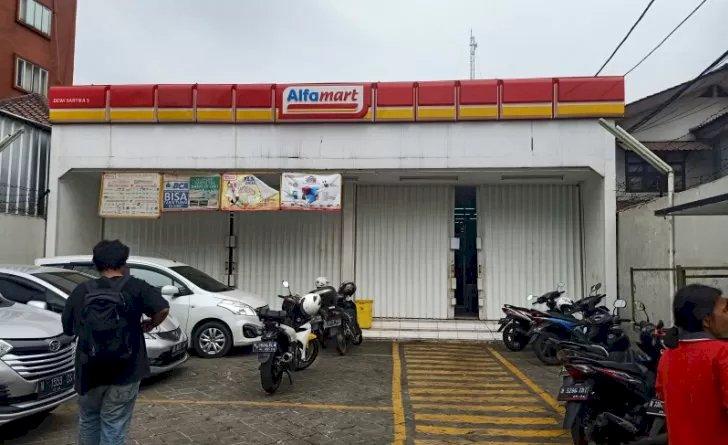 Alfamart Cawang Dibobol Maling, Bawa Kabur Brankas Puluhan Juta Rupiah