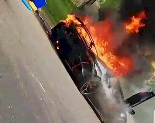Mobil Lamborghini Raffi Ahmad Terbakar Hebat, Shock Banget!