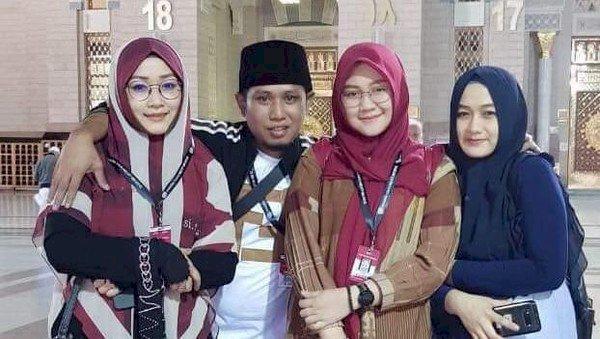 Asyiknya Lora Fadil Berbagi Tips Nafkah Batin Ketiga Istrinya