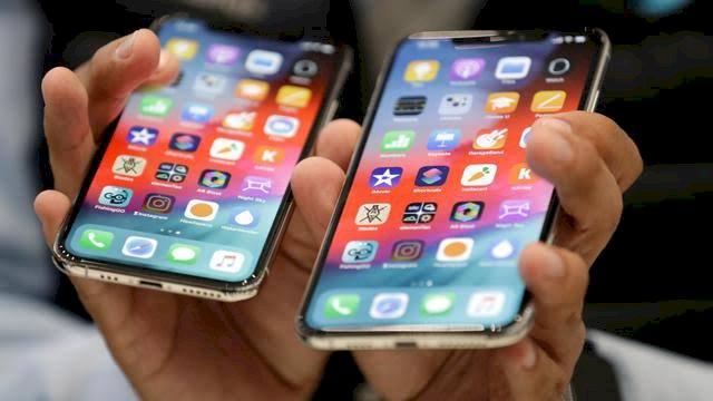 "Trump Geram iPhone Tak Ada Tombol ""Home"""