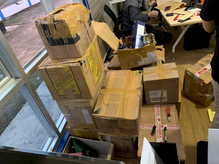 Amankan Miras Ilegal Senilai Ratusan Juta, Bea Cukai Buru Supplier