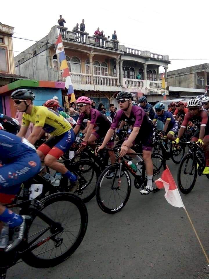 75 Pembalap Tour de Singkarak 2019 Jajal Alam Sakti Kerinci