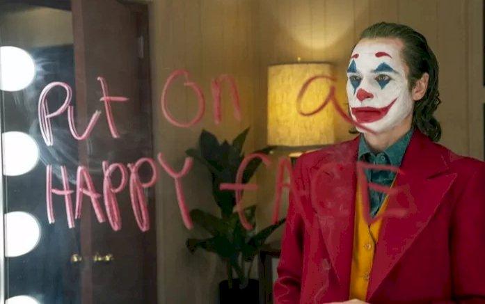 """""""Joker"""" Disebut Sebagai Film Komik Paling Beruntung Bisa Kalahkan Batman"""