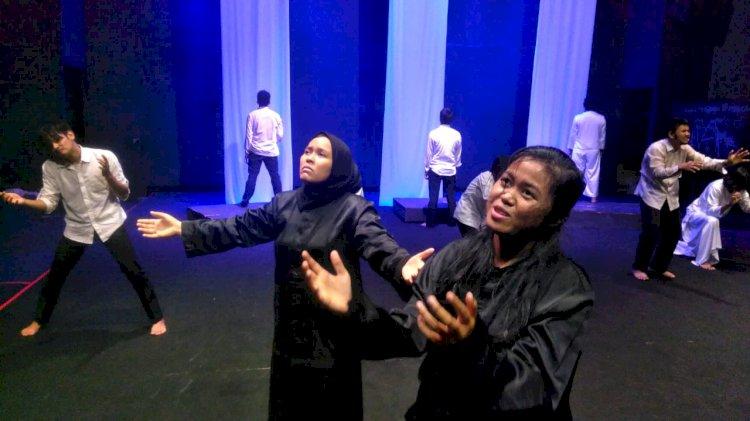 Akhir Pekan Ini 'Tak (Tik) Senja Memjemput Dipergelarkan Teater Tonggak Jambi