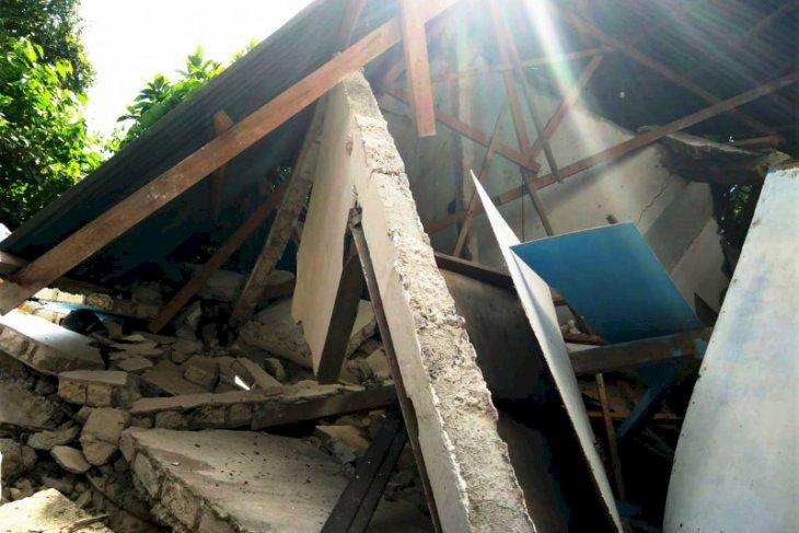 Maluku Diguncang Gempa 150 Kali