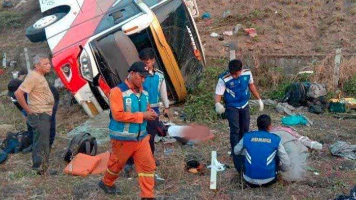 Kecelakaan! Sopir Bus Kramat Jati Mengantuk, Dua Penumpang Tewas 15 Luka-luka