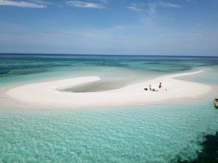 Akhir Tahun di Mekko, Pasir Timbul di Surga Timur Pulau Adonara