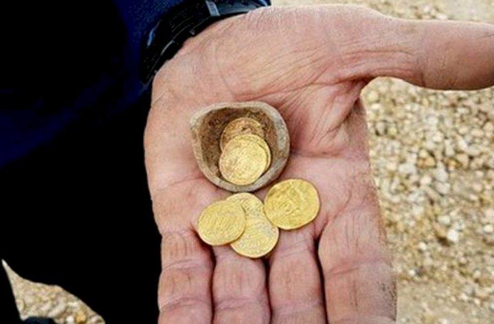 Israel Temukan Dinar Emas Khalifah Harun Al-Rasyid
