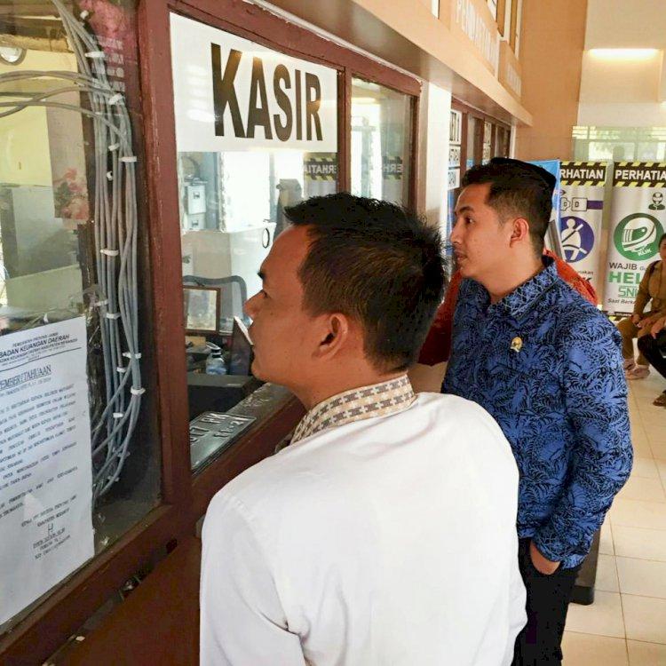 Duh!!! Disidak DPRD Provinsi, Kantor Samsat Merangin Kosong